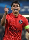 thiago-silva-vai-as-lagrimas-apos-marcar-o-gol-da-classificacao-do-paris-saint-germain-contra-o-chelsea-1426112932358_1920x1080